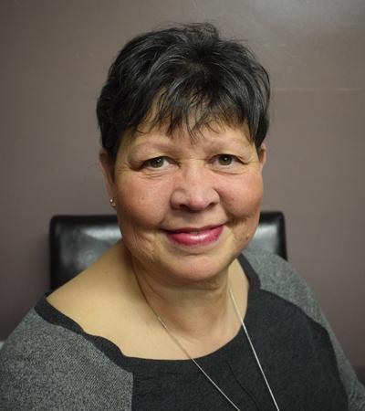 Julie Nicholl
